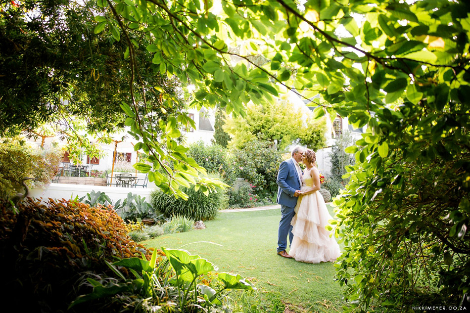 nikki_meyer_cape_town_wedding_photographer_cellars_hohenhort_042