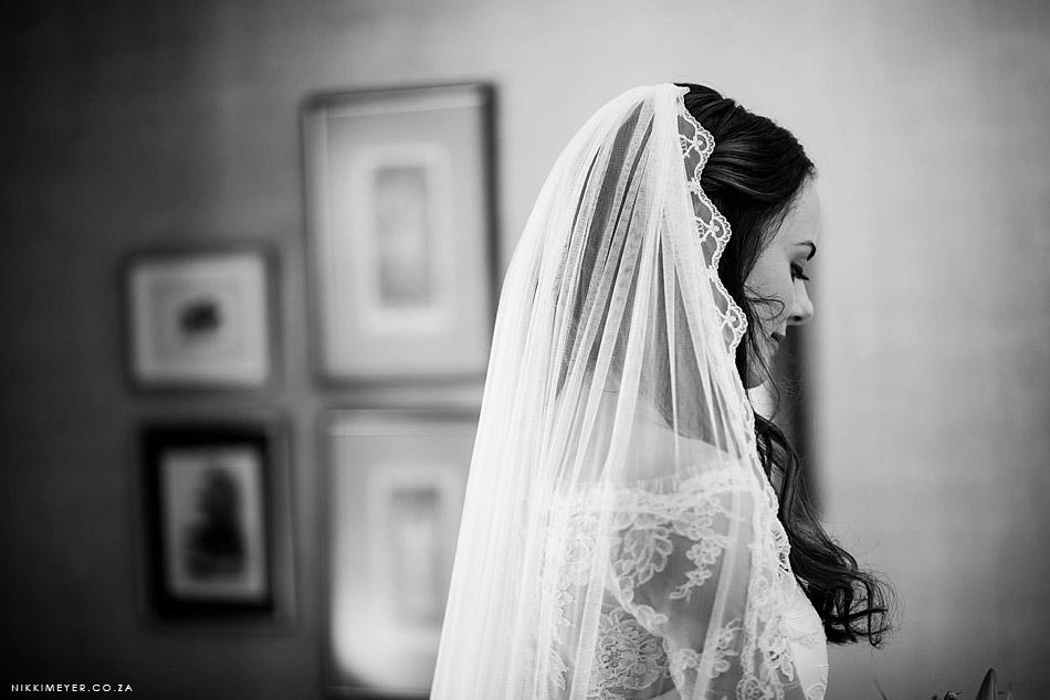 Nikki-Meyer-Wedding-Photographer-La-Petite-Dauphine-Franschhoek-Wedding_015