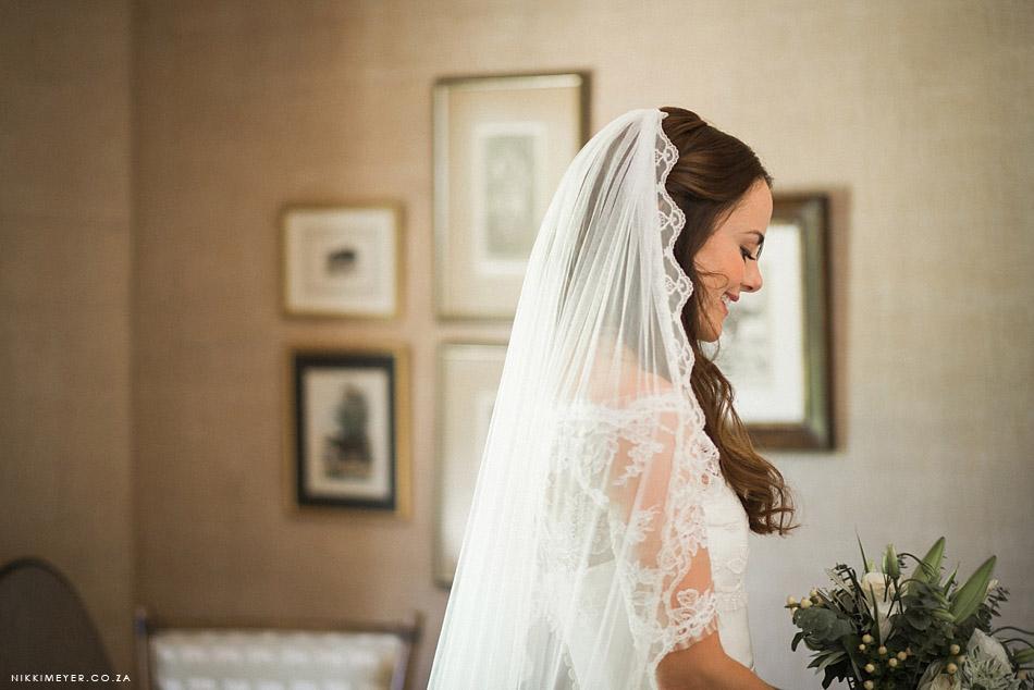 Nikki-Meyer-Wedding-Photographer-La-Petite-Dauphine-Franschhoek-Wedding_016